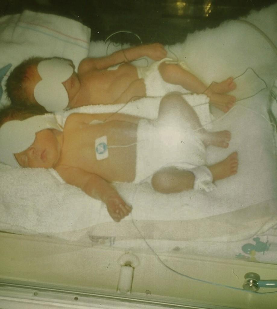 twins in NICU
